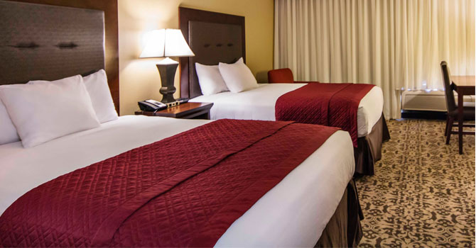 Double queen room at grand oaks hotel in branson mo
