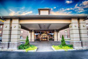 Affordable Hotel in Branson | Grand Oaks Hotel Branson Mo